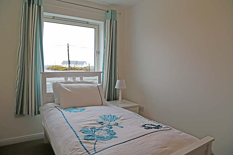 single-bedroom2.jpg